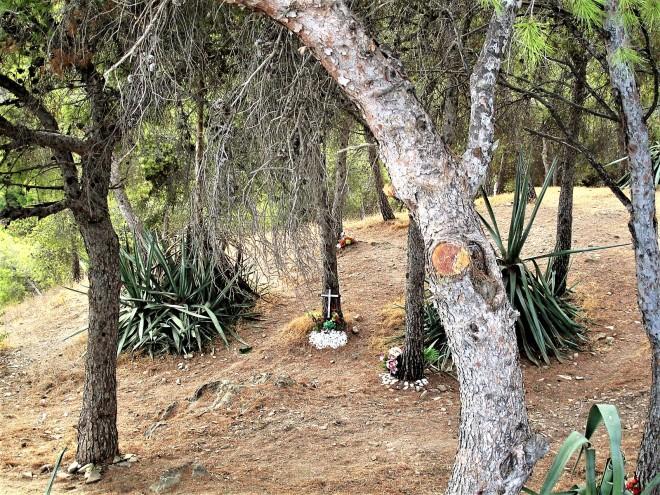 El Cementerio de los Árboles de Hoja Prenne.